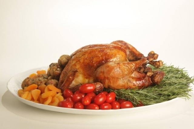 Peru de Natal preparadopelos chefs Monika Galloni e Marco Paulo Peluso