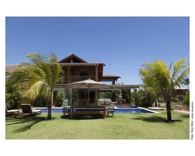 Casa de Salvador projetada pelo arquiteto Sidney Quintela.