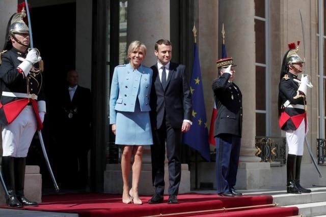 O presidente Emmanuel Macron e Brigitte Trogneux, sua mulher, no dia da posse.