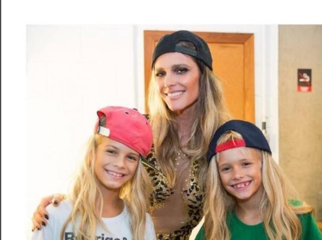 Fernanda Lima e seus filhos