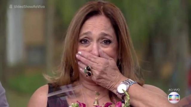 Susana Vieira se emociona em seu último dia no 'Vídeo Show'.
