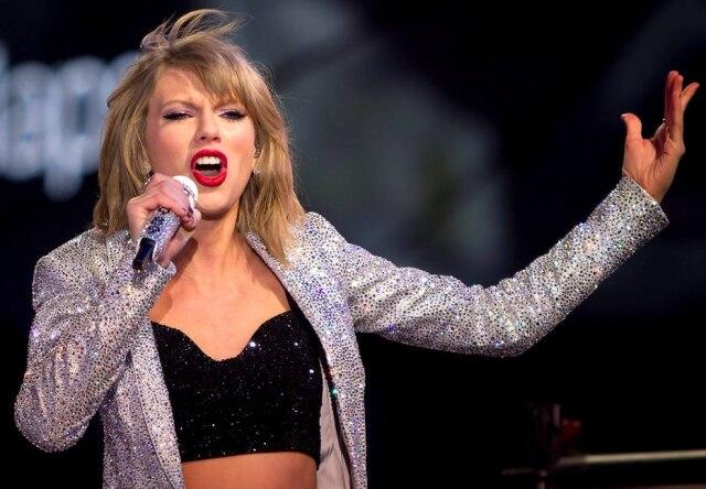 Homem acusado de stalkear a cantora Taylor Swift e sua família foi condenado a 10 anos de liberdade condicional