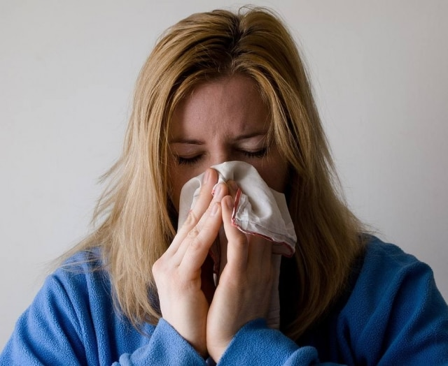 Some symptoms are common with flu and cold.
