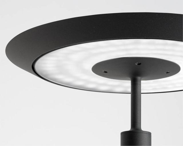 A luminária Aero, de Fernando Prado, produzida pela Lumini, foi a vencedora