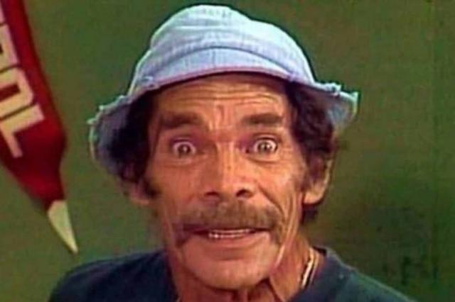 O ator Ramón Valdés, o eterno Seu Madruga, em episódio do seriado 'Chaves'.