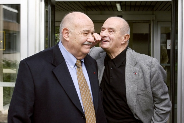 Pierre Troisgros, esquerda,ao lado de Paul Bocuse. Troisgros morreu aos 92 anos na França