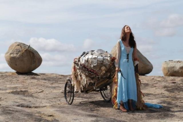 """Cena de 'Por Trás do Céu"""", de Caio Soh"""