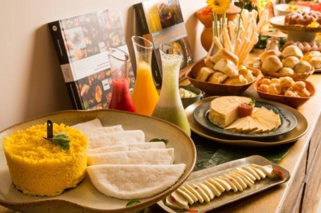 Quitutes tipicamente nacionais no café da manhã do Brasil a Gosto