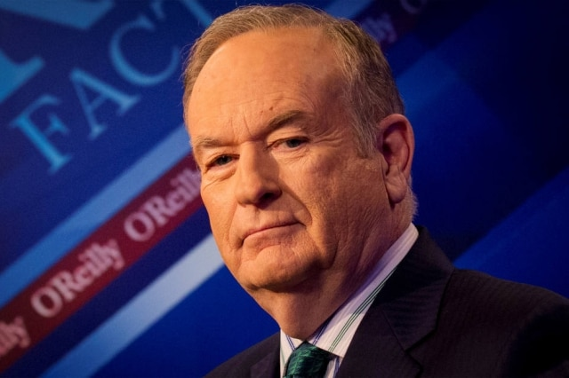 "O jornalista Bill O'Reilly em seu programa ""The O'Reilly Factor"" no canal Fox News, no Estados Unidos"