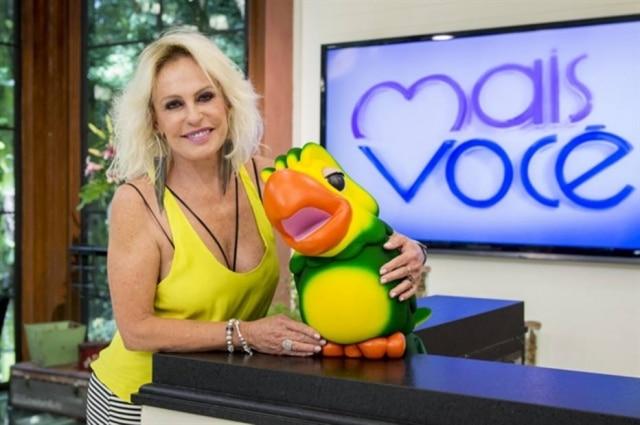Louro José é o mascote fiel de Ana Maria Braga há 20 anos.