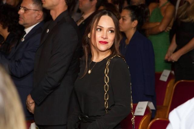 A atriz Gabriela Duarte se emocionou durante o 'Domingão do Faustão' ao ouvir uma música que lembrou sua infância