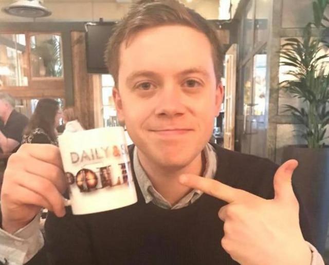 Gay assumido, jornalista Owen Jones foi um dos convidados doDaily Politics, da BBC