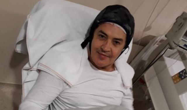 Beto Barbosa após sua primeira sessão de quimioterapia.