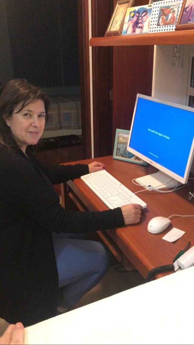 Angela Maria de Castro Borba, diretora do Colégio Municipal Dr. José Vargas de Souza, em Poços de Caldas, Minas Gerais