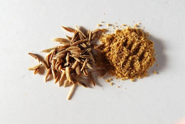 Apesar da sua origem oriental, o cominhoé amplamente utilizada na cozinha brasileira