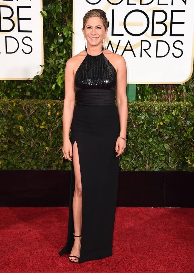 A atriz de vestido Saint Laurent no Globo de Ouro