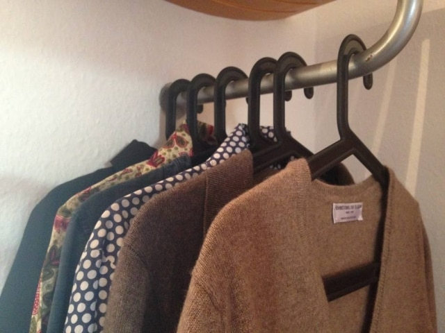 Carioca radicada na Alemanha,Gabriela Roméro não consome mais produtos de moda feitos em condições de trabalho precárias. Em um ano, conseguiu comprar apenas 11 peças