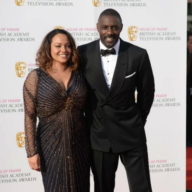 O ator Idris Elba, da série 'Luther', e sua namorada, Naiyana Garth