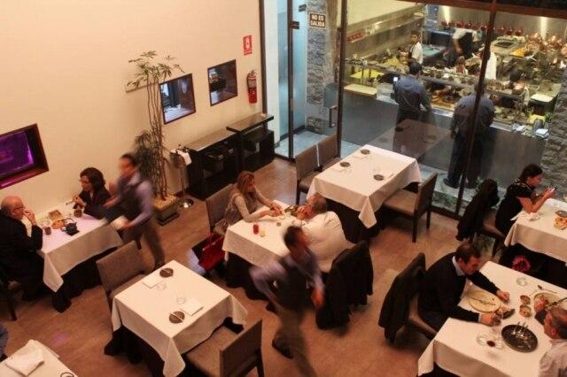 O salão do Central foi projetado pela mãe do chef Virgilio.