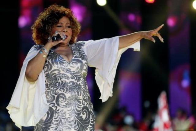 A cantora Alcione foi internada em São Paulo epassou por dois procedimentos no coração