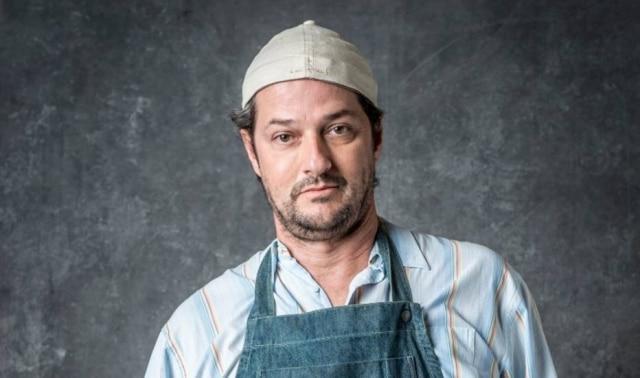 Marcelo Serrado como Nicolau em 'O Sétimo Guardião'
