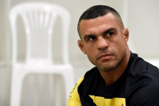 O lutador Vitor Belfort.