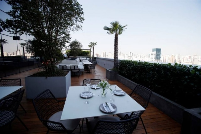 Ar livre. Área externa do novo restaurante Lavianna