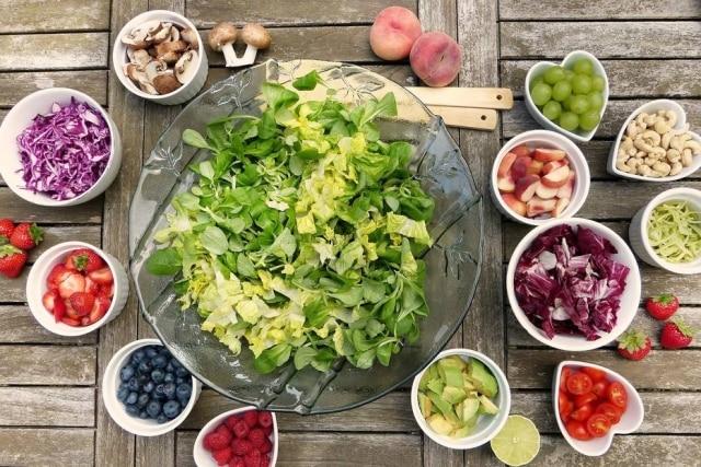 A recomendação da OMS é consumir 400 gramas ou cinco porções de frutas e vegetais por dia.