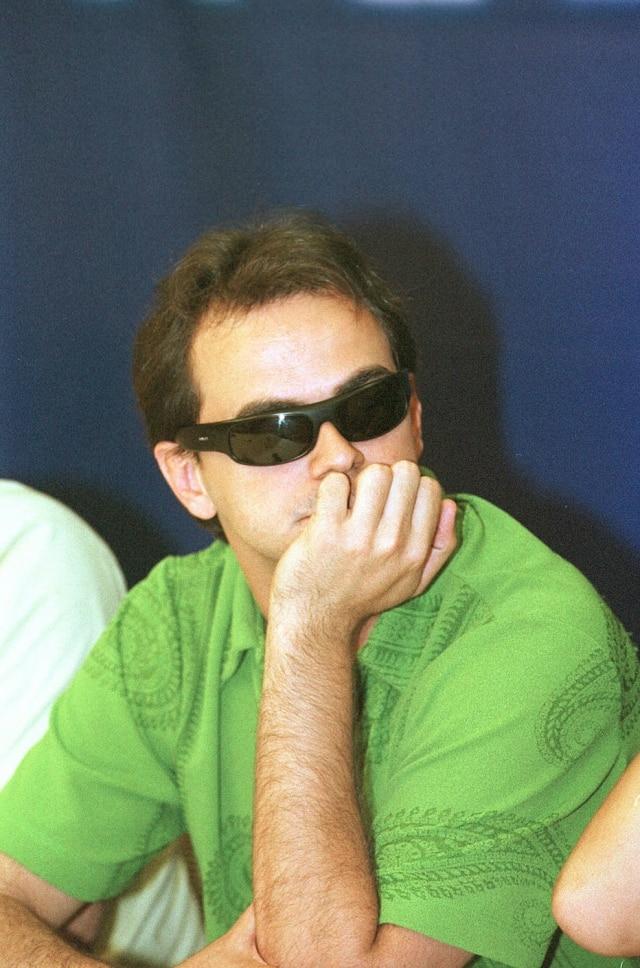 O humorista Carioca, do 'Pânico', em setembro de 2003.