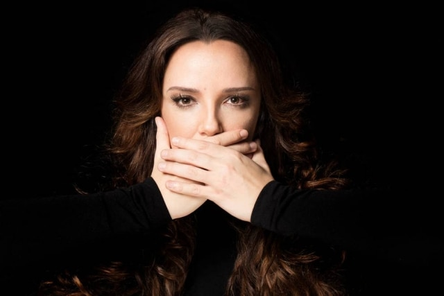 Ana Carolina se declara para sua namorada, a atriz Leticia Lima.
