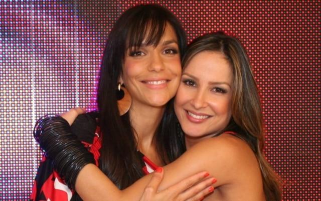 Ivete Sangalo e Claudia Leitte, juntas em foto tirada em 2007.
