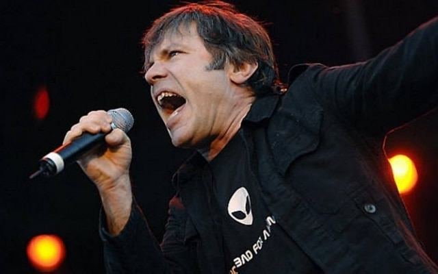 O vocalista do Iron Maiden, Bruce Dickinson