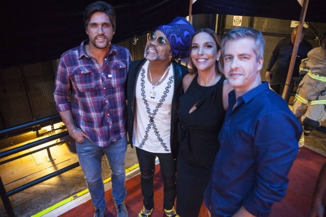 Leo Chaves, Carlinhos Brown, Ivete Sangalo e Victor