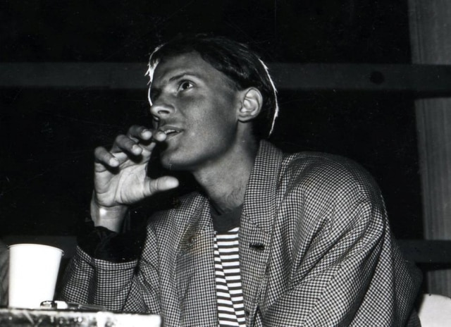 Cazuza no show de lançamento do álbum 'Ideologia' (1988), a apresentação contou comcanções inéditas que se tornariam grandes sucessos do cantor, como 'O Tempo Não Para'.