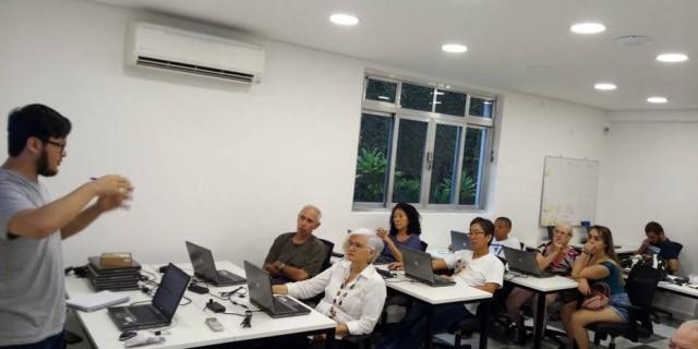 Programação melhora memória, concentração e qualidade de vida de idosos.