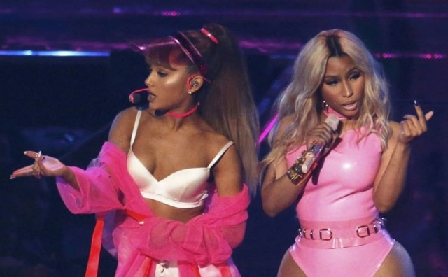 Ariana Grande e Nicki Minaj durante o MTV Video Music Awards, em 2016, em Nova York.