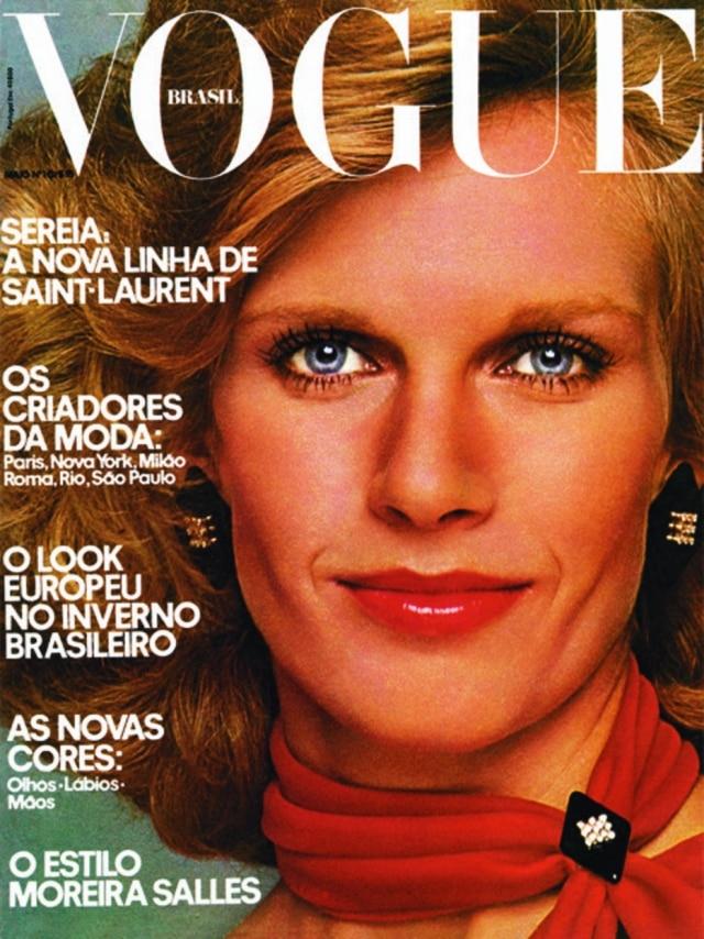 Primeira capa da Vogue Brasil, estrelandoBetsy Salles