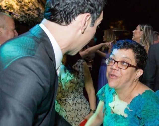 César ao lado da irmã em seu casamento com Ticiane Pinheiro.
