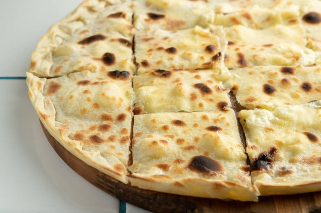 Focaccia recco recheadade queijo stracchinio