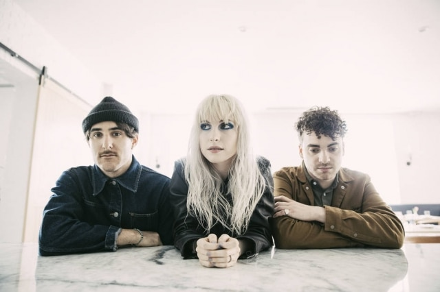 Zac Farro, Hayley Williams e Taylor York, do Paramore.