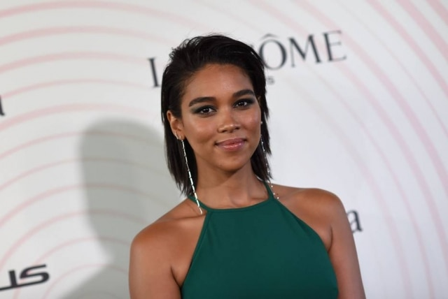 Alexandra Shipp, a atual Tempestade de 'X-Men', na premiação do Women in Film Crystal + Lucy Awards 2018.