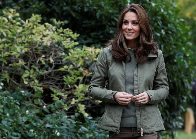 Kate Middleton durante visita à escola em Londres.