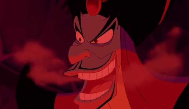 Jafar tem olheiras, uma das condições de pele possuídas pela maioria dos vilões de animações