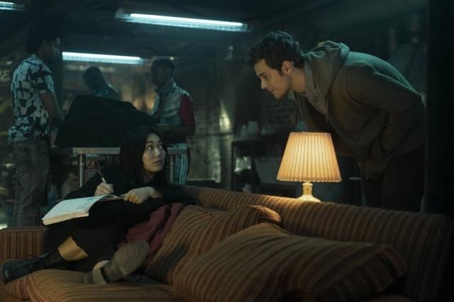 As relações entre os integrantes dos Garotos, que acabam sendo os verdadeiros heróis da série, são aprofundadas na nova temporada