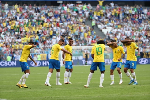 Os jogadores da seleção brasileira criaram um grupo na Steam para jogar Counter-Strike: Global Offensive nos momentos de folga na Rùssia