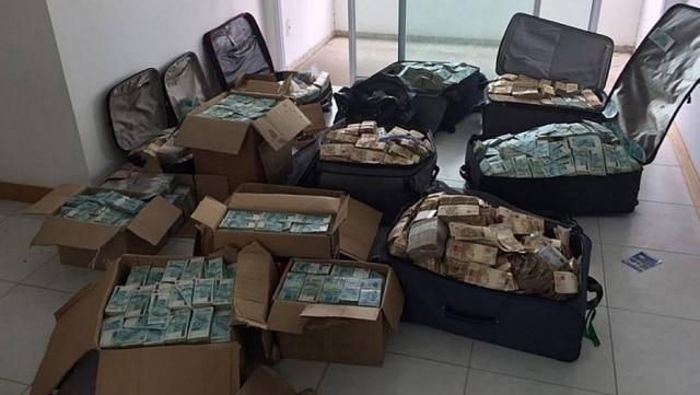 A grande quantia de dinheiro apreendida em apartamento do ex-ministro Geddel Vieira Lima (PMDB-BA) mobilizou a internet.