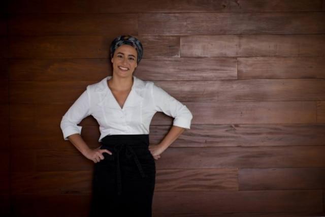 A chef Bel Coelho, que também conta com a assessoria de Fábio Moreira