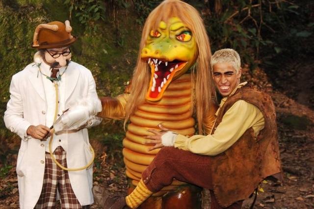 Dr. Caramujo (Charles Daves), Cuca (Jacira Santos) e o Pesadelo (Leandro Leo) de 'Sítio do Picapau Amarelo', em foto de 2005.