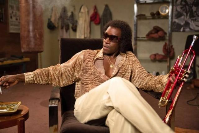 """Mr. Cheadle como Miles Davis em """"Miles Ahead"""", que tem lugar no final de 1970"""