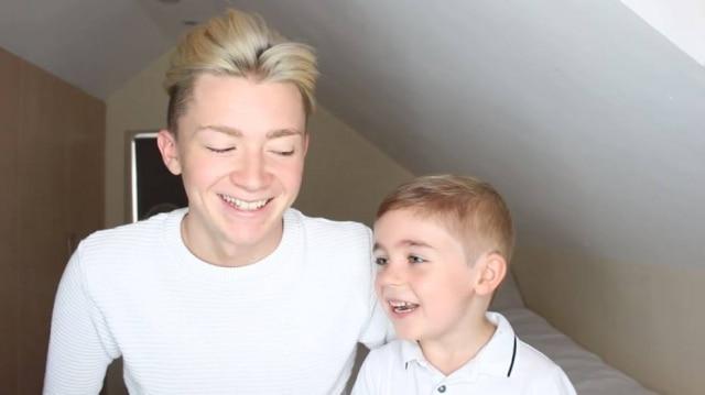 Oliver Potter e o irmão apareceram em vídeo dando um exemplo de como uma criança pode crescer sem preconceito